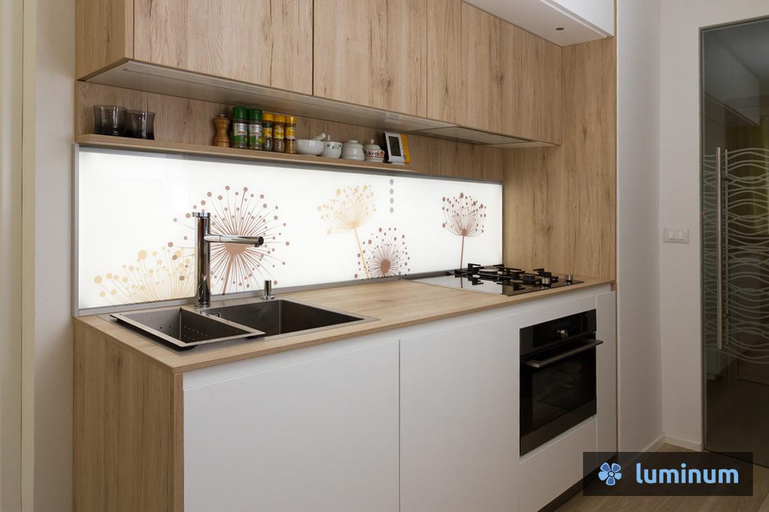 073-kuhinjsko-steklo-vardjan-lq-b