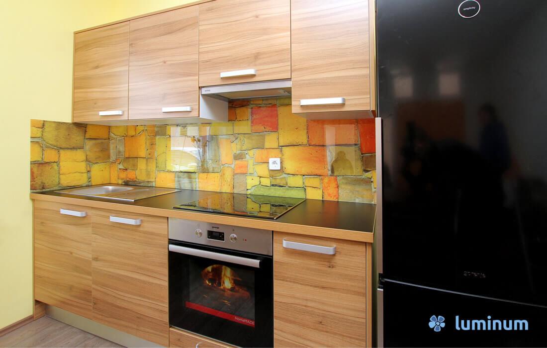 017-steklene-kuhinjske-obloge-cemazar-fb-a