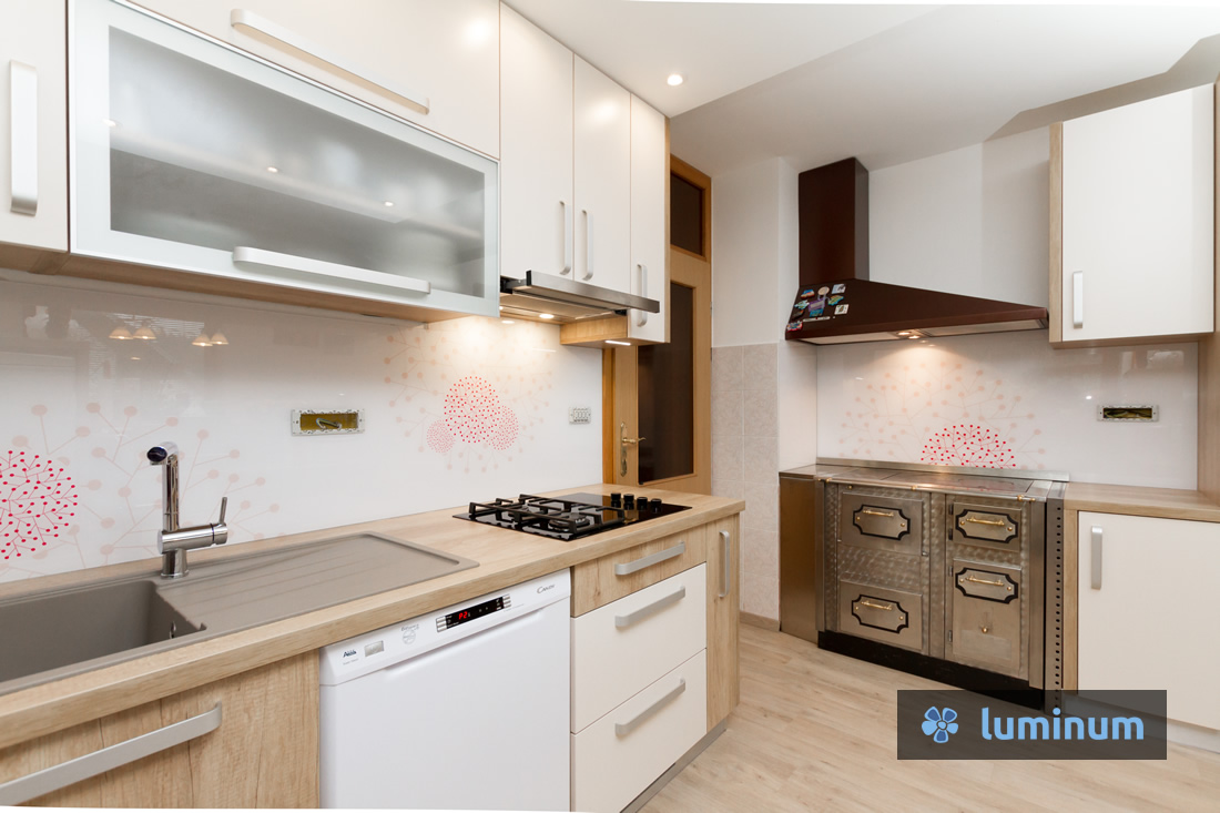 103-Lašče-kuhinjsko-steklo-luminum-šilc-lq-a