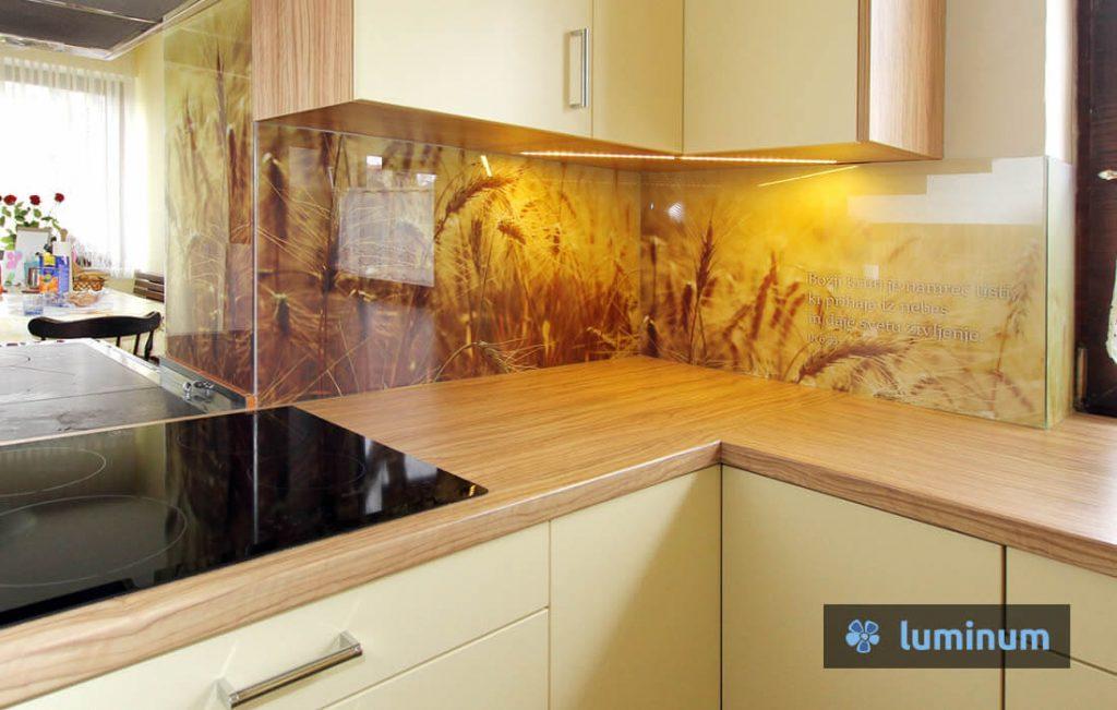 Steklene kuhinjske obloge: žito in citat