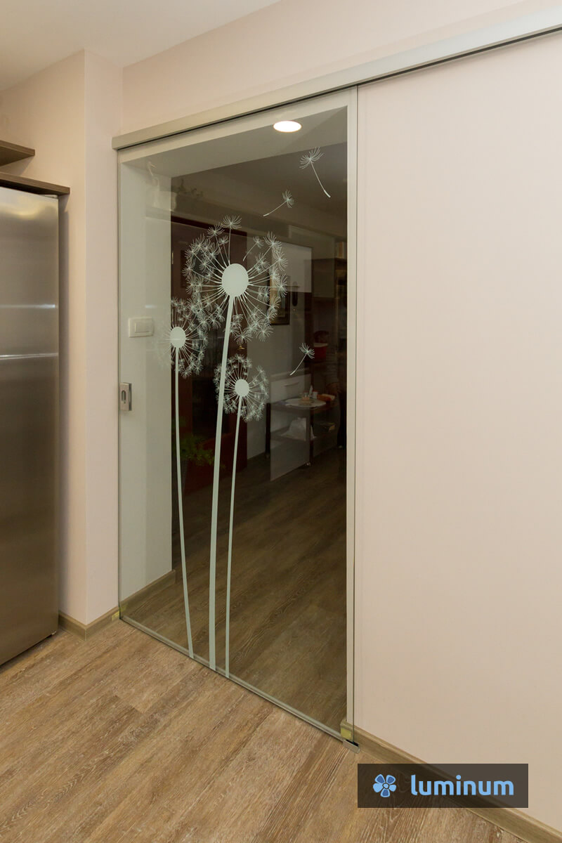 Steklena vrata z motivom po izbiri